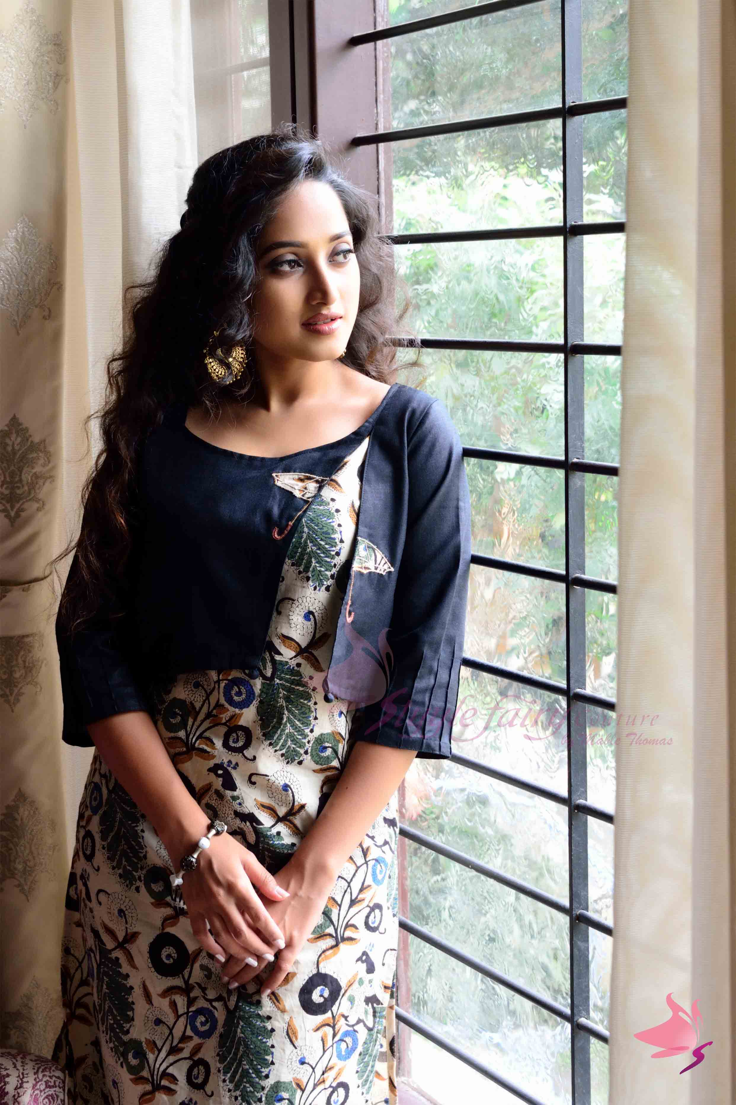 Black and beige kalamkari kurta