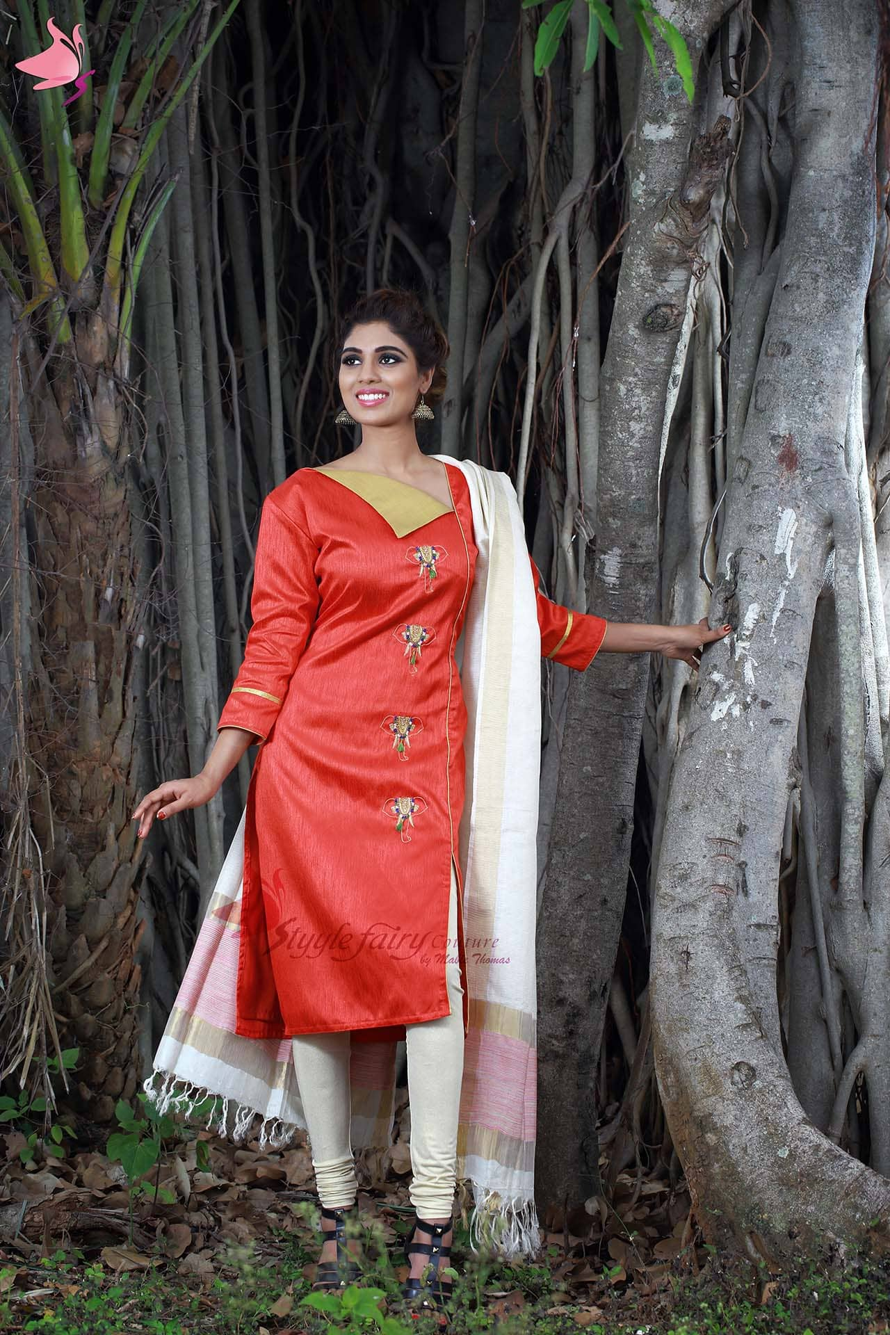 Red flap neck straight kurti